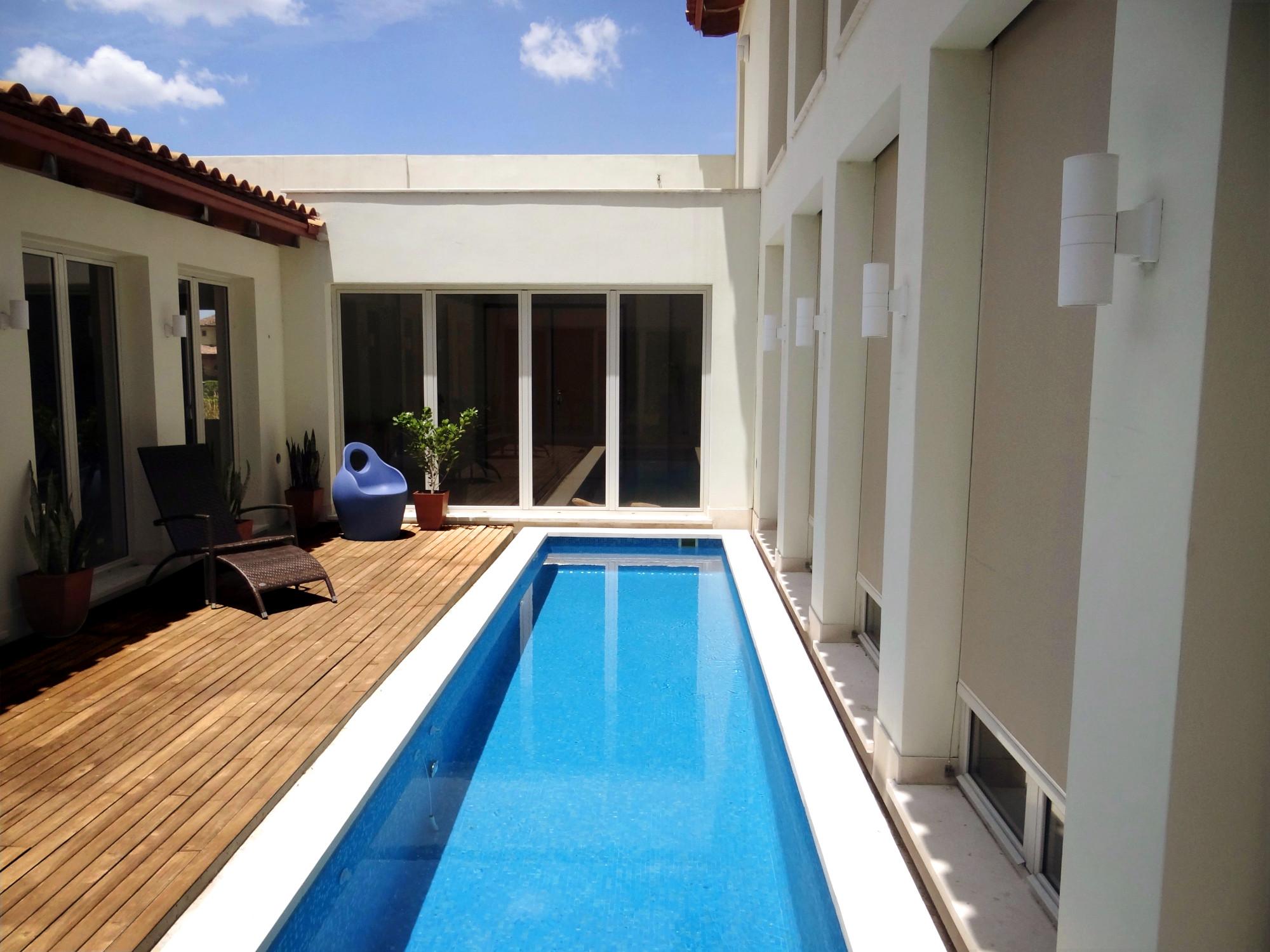 Bio domus santa ana costa rica eco home for sale for Casas con piscina baratas barcelona